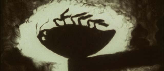 The Metamorphosis of Mr. Samsa, de Caroline Leaf. Animação de areia, com iluminação traseira.